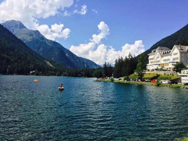 Champex lake.jpg
